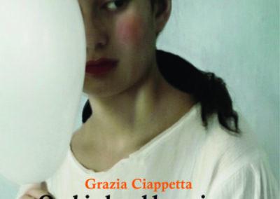 Occhi che abbracciano (di Grazia Ciappetta)